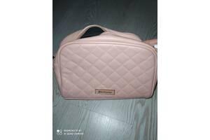 Продам сумочку нежно розового цвета stradivarius