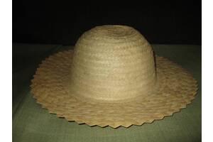Шляпа соломенная женская.