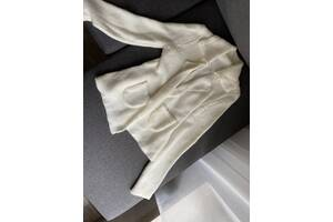 Стильная вязанная кофта без пуговиц