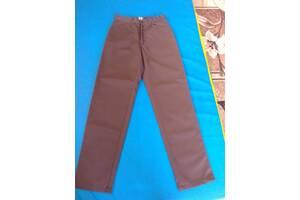 Стильные брюки на худого мужчину