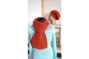 Вязаные шарф и шапка женские