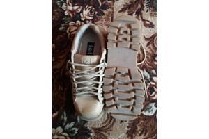 Обувь на шнурки
