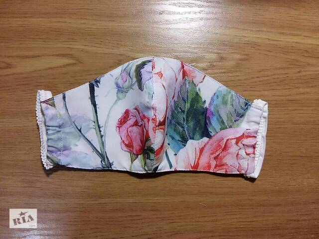 Защитная маска многоразового использования цветы