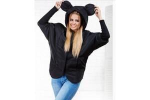 Женская куртка-ветровка.