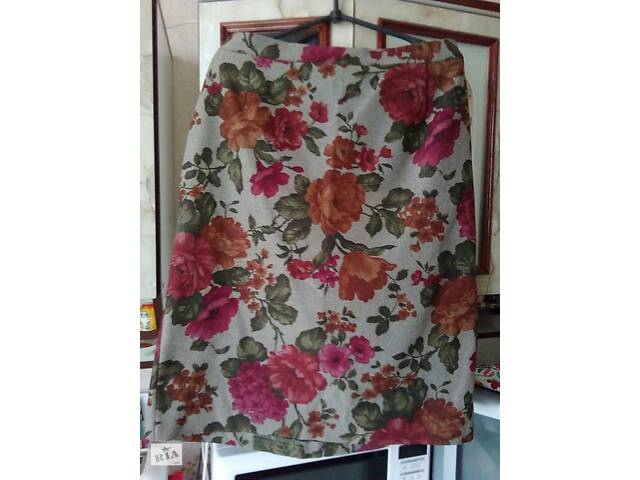 продам Женская юбка с цветным принтом новая, 52 размер бу в Харькове