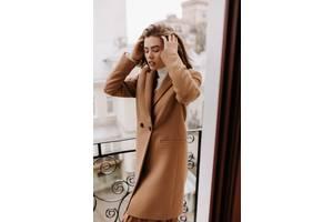 Жіноче стильне пальто season бербери кольору Кемел