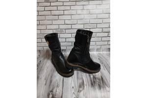 Жіночі шкіряні чоботи 00647