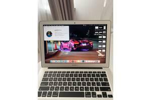 Apple MacBook Air 13 2017 Intel Core i5/13.3/8gb/128gb Silver Б/У