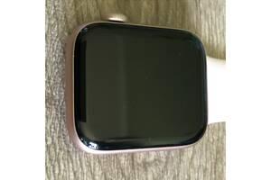 Apple Watch 44 мм серія 4 золотистого кольору