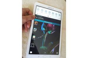 Планшет Galaxy Tab E 9.6