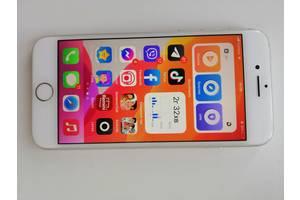 Продам телефон Iphone 8
