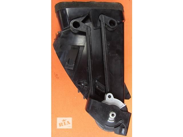 продам Дефлектор воздушный, решотка надува Mercedes Vito (Viano) Мерседес Вито (Виано) V639 (109, 111, 115, 120) бу в Ровно