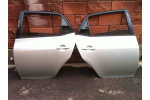 Двери задние Toyota Auris