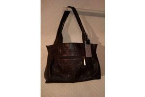 """Элегантная сумка для деловой женщины из натуральной тисненой кожи фирмы """"diamond""""."""
