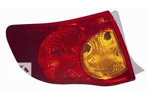 Нові ліхтарі задні Toyota Corolla