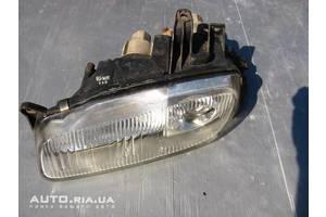 б/в фари Mazda 323