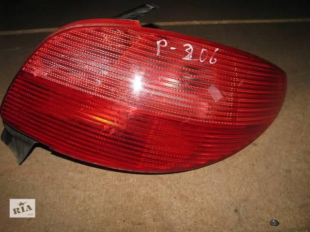 купить бу  фонарь задний для хэтчбека Peugeot 206 1998-03 в Львове