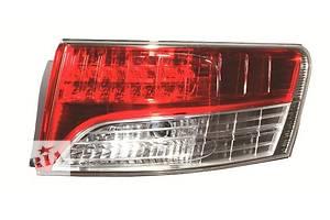 Новые Фонари задние Toyota Avensis