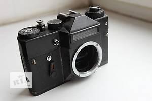 б/у Пленочные фотоаппараты Zenit