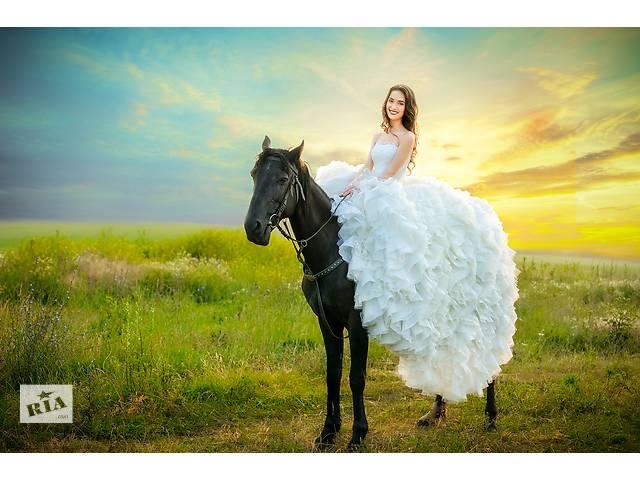 Фотограф на свадьбу- объявление о продаже   в Украине