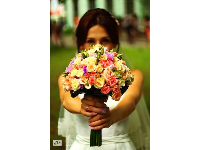 продам Фотограф. Свадьба, День рождения, предметная, репортажная съемка и др бу  в Україні
