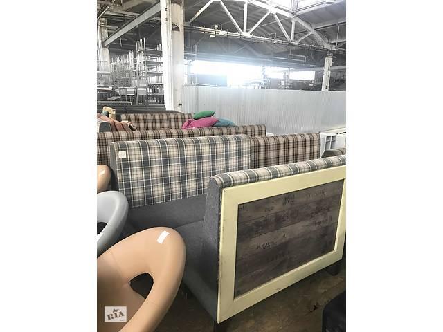 продам Продам б/у двусторонний диван в идеальном состоянии бу в Києві