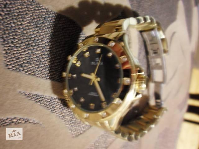 продам Годинник жіночий золотого кольору  SLAVA quartz water resist  бу в Яремче