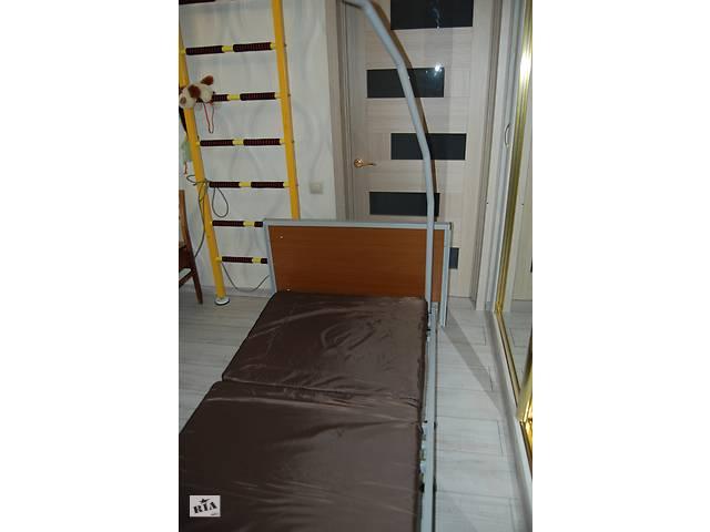 Медицинская кровать с электроприводом.