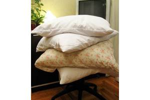 б/в Пухові подушки
