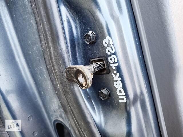 продам Hyundai Matrix 2001-10 ограничитель двери передний в наличии бу в Чернигове