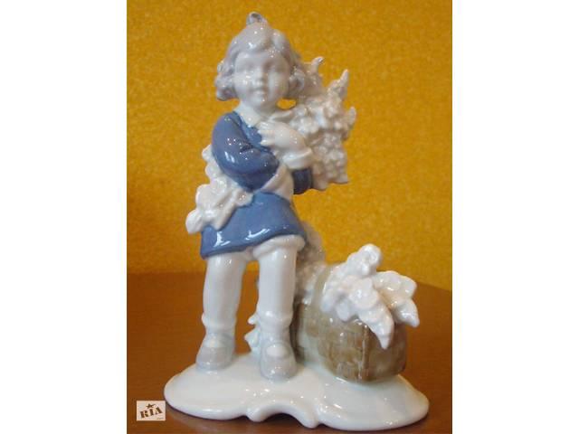 Статуэтка девочка с цветами Bavaria W-Germany- фарфор- объявление о продаже  в Херсоне