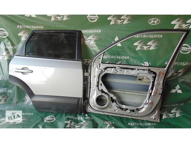купить бу Б/у дверь задняя левая правая Хюндай Туксон Hyundai Tucson Хундай 2.0 CRDi с 2004 г. в. в Ровно