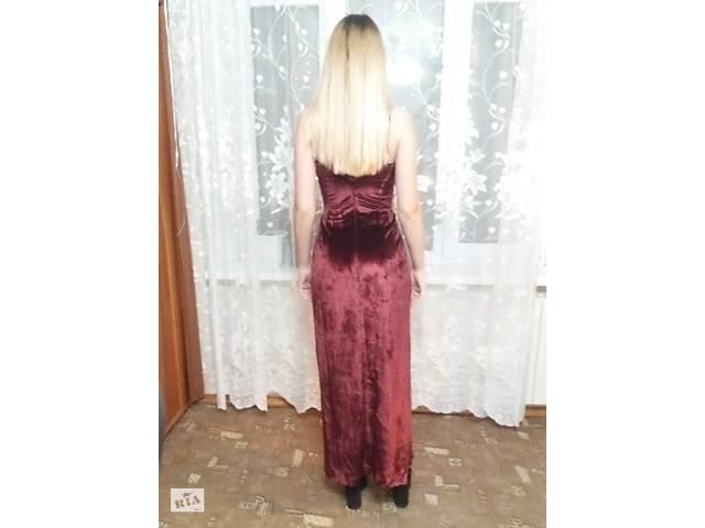продам Платье цвета марсала, бордовое вечернее, выпускное,в единственном экземпляре. Разм. S бу в Киеве