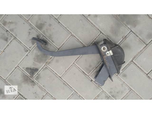 Б/у педаль сцепления для ВАЗ 2170 ПРИОРА ВАЗ 2171 ВАЗ 2172- объявление о продаже  в Умани