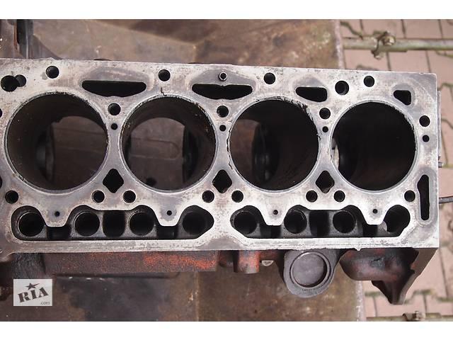бу  блок двигуна 2.5д для Peugeot J-5 1993рв на пежо джі5 сітроєн с25 блок має привід газорозподіл на шестернях без ремня  в Черновцах
