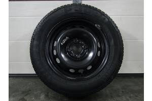 Б/у запаска для Fiat R14x5 1/2J ET 44 4x98 58.1 Pirelli P300 175/70 R14