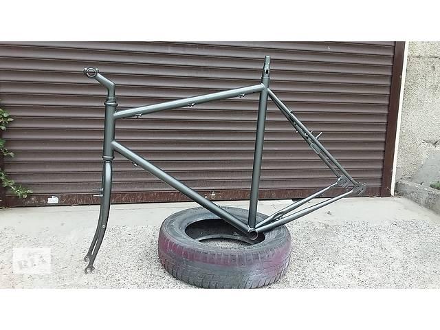 """купить бу Велосипедна рама під 28""""колеса з вилкою,виносом,рульовий ,подседелом, в Одесі"""