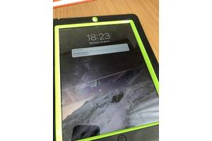 Планшет Apple iPad 128Gb Wi-Fi + sim