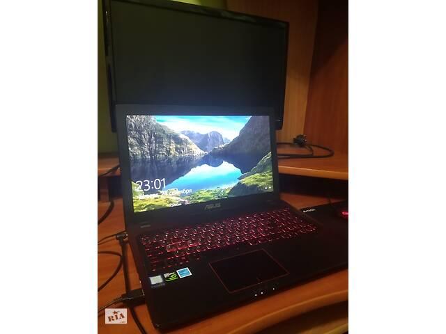 купить бу Asus FX553V i7 7700HQ, оперативна пам'ять 8Гб, жорсткий диск 1 Тб, твердотільний диск 128 Гб в Мукачевому
