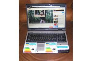 Продам ноутбук робочий, все в комплекте!!! Большой экран!!!