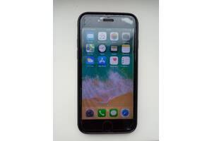 Продажа телефона айфон 6 на 16гб(оригинал)