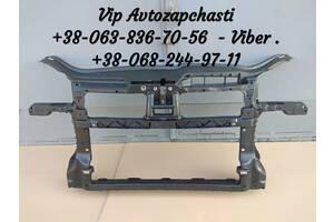Новая панель передняя установочная / телевизор / установочная рамка Volkswagen Golf V 5 Variant 2005 - 2010 год Италия