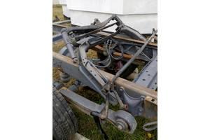 б/у Амортизаторы кабины Mercedes 1114