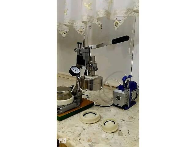 бу Пропонуємо обладнання (напівавтомат) для вакуумної закупорювання продуктів в Миколаєві