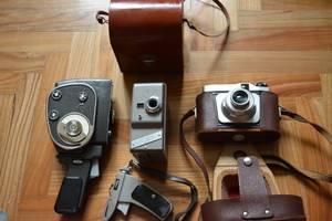 Б \ У древности: фотоаппарат. видиокамеры