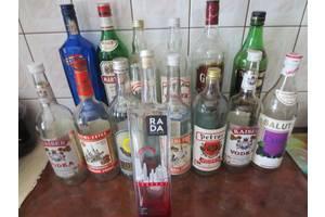 Коллекционные бутылки из под ликероводочных напитков и коньяков