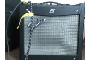 комбик Fender Musntang I