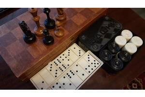 Комплект - шахматы, шашки, домино (СССР).