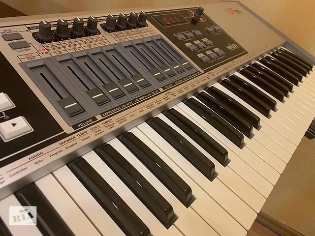 бу Миди/MIDI-Клавиатура CME UF50 + Стойка В Подарок в Днепре (Днепропетровск)