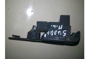 Кнопка открывания багажника Skoda Superb I (3U4) 02-08 3U0959831